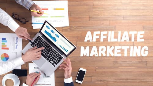 bloggers make money with affiliate marketing